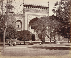 The principal gateway of the Taj Mahal, Agra.   .